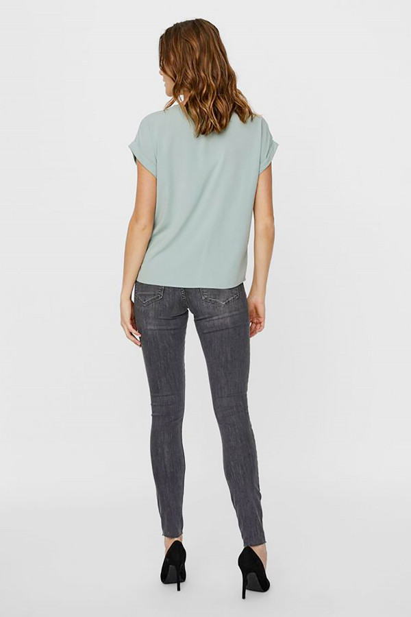 T-shirt uni manches courtes en matière naturelle BECCA Vero Moda