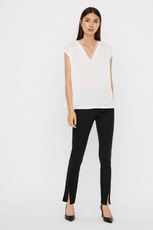 T-shirt uni avec dentelle au col CARRIE Vero Moda
