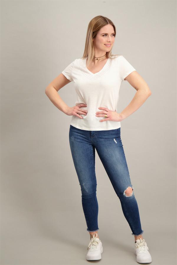 T-shirt uni manches courtes col V avec strass DAVIA Morgan