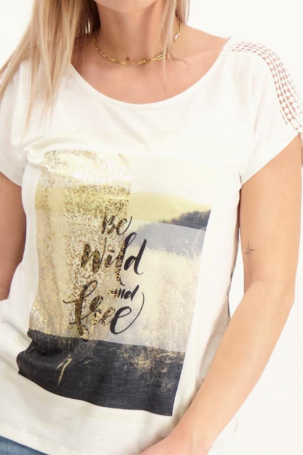 T-shirt loose imprimé sur l'ensemble matière flammée ajourée Geisha