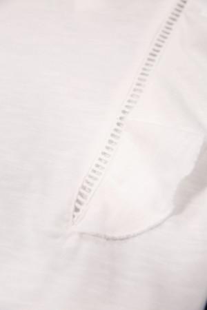 T-shirt uni volants aux manches ajours devant et au dos Garcia