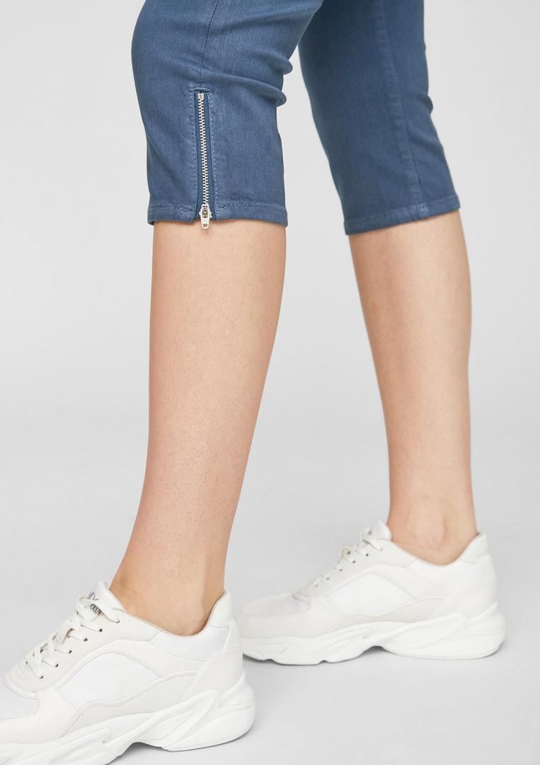 Short rayé ou uni avec dentelle Lace Hot Short Superdry